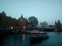 Pic.1_Amsterdam, channelling tourists